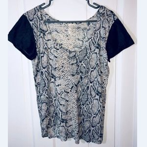 RD STYLE Snake Print Pleather Sleeve Top
